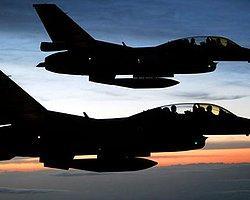 Irak Sınırında Uçak Hareketliliği!