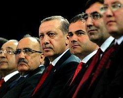 AKP Myk Toplantısı Başladı