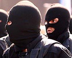 Polislerin 'Kar Maskeli' Şakası Kanlı Bitti