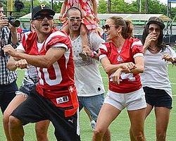 Jennifer Lopez'den Gangnam Style Şov