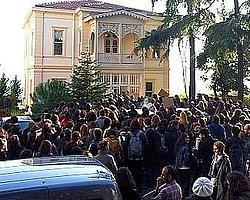 Galatasaray Üniversitesi'nde Olay | Hürriyet