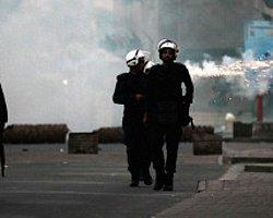 Bahreyn'de Polise İşkence Mahkûmiyeti