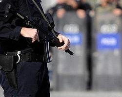 Çevik Kuvvet Polisini Karıştıran İntihar