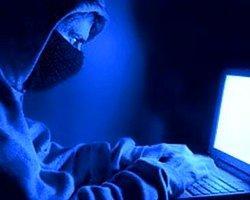 Siber Mobbing İnternet Kullanan Gençleri Tehdit Ediyor