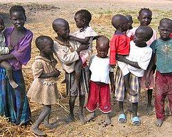 Bm: Sudan'da İnsanlar Yaprak Ve Kök Yiyor