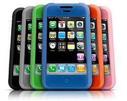 Plastik iPhone'nun Fiyatı Belli Oldu