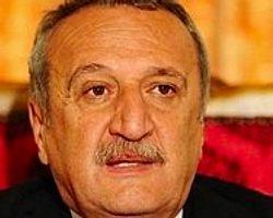 Mehmet Ağar'a Cezaevinde Ziyaretçi Trafiği
