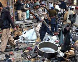 Pakistan Saldırılarında 100'Ü Aşkın Ölü