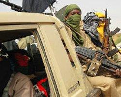 'Fransa Mali'deki İsyancıları Durdurmaya Hazır'