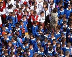 Özel Okullarda Kıyafet İçin Veli İzni