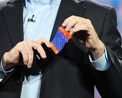 """Samsung, Bükülebilen """"Youm"""" Ekranını Gösterdi"""