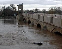 Bulgaristan Baraj Kapaklarını Açtı, Nehirler Taşma Sınırına Yaklaştı