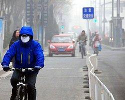 Çin'de Maskeli Dönem Başladı