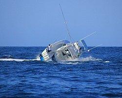 Balık Tekneyi Alabora Etti