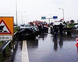 İçişleri Bakanı'nın Konvoyunda Kaza