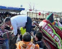Ak Partili Belediye Başkanı Yusuf Çaylı Deveden Düştü
