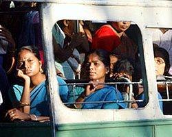 Hindistan'da Doktorlar Para İçin Rahim Alıyor