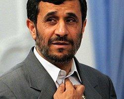Ahmedinejad'dan Mısır'a Ortaklık Teklifi