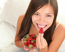 Meyve Tüketimi Kadınlarda Miyom Oluşumu Riskini Azaltıyor