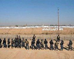 Irak'ta Rejim Muhaliflerinin Kampına Saldırı: 5 Ölü