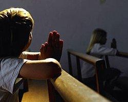 Hollanda'da On Binlerce Çocuğa Tecavüz