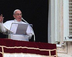 Papa İlk Duasında Merhamet İstedi