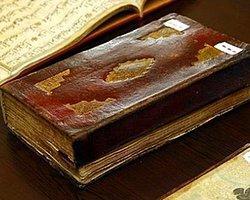 Paha Biçilemez Kitaplar Ona Emanet