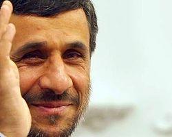 Ahmedinejad Uranyum Zengini Nijer'e Gidiyor