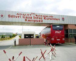 KCK Davası İzlemeye Giden Gazeteciler Kaza Yaptı
