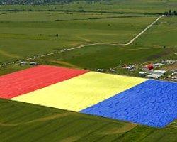 Romanya'da Rekor Kıran Bayrak Sevgisi