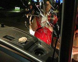Galatasaray Otobüsüne Taşlı Saldırı
