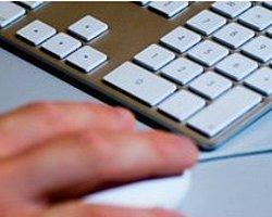 'Google Pornoya Erişimi Önlemeli'
