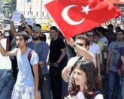 Beşiktaş'ta Olaysız Gezi Parkı Protestosu