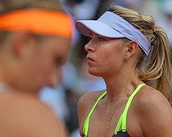 Sharapova Yine Finalde!