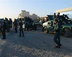 Taliban Militanları Kabil Havalimanı'na Saldırdı