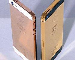 Altın Renkli İphone 5S Mi Geliyor?