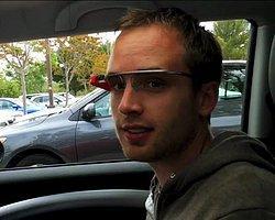 Google Glass'ın Arama Becerileri Videoda!