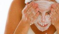 Yüzü Sabunla Yıkamak Zararlı Mı?