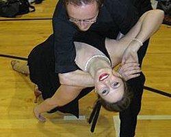 Kadınlara Çekici Gelen Dans Figürleri
