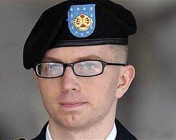 Manning'e 35 Yıl Hapis Cezası