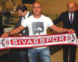 Roberto Carlos Artık Sahada
