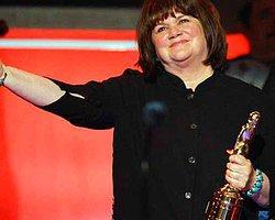 Linda Ronstadt Ne Yürüyebiliyor,Ne Şarkı Söyleyebiliyor
