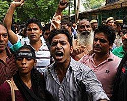 Hindistan: Tecavüz Davasının Zanlıları Suçlu Bulundu