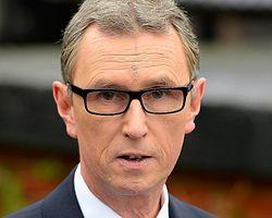 İngiliz Milletvekiline Taciz Ve Tecavüz Suçlaması