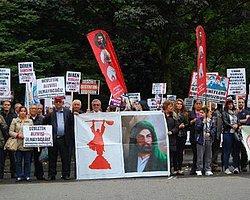 Londra'daki Alevilerden 'Ahmet Atakan' Protestosu