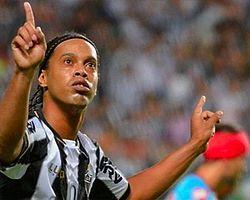 Ronaldinho Açıkladı! İmzayı Atıyor
