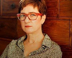 Ayfer Tunç 25. yılını yeni romanla kutluyor