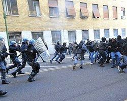 İtalya: G8 Baskınından 13 Yıl Sonra 3 Polise Ev Hapsi