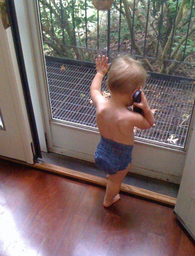 Ayrılık Haberini Telefondan Alan Çaresiz Aşık
