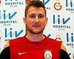 İzet Hajrovic'in Lisansı Çıktı!